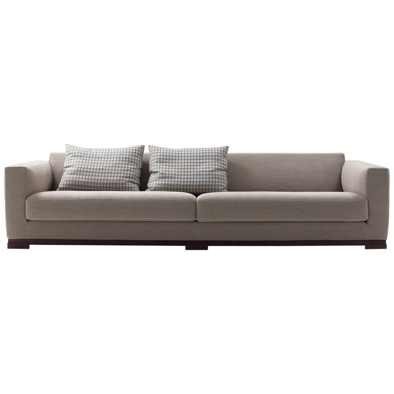 nube italia kybos sofa in soft beige fabric by mario ferrarini for sale at 1stdibs. Black Bedroom Furniture Sets. Home Design Ideas
