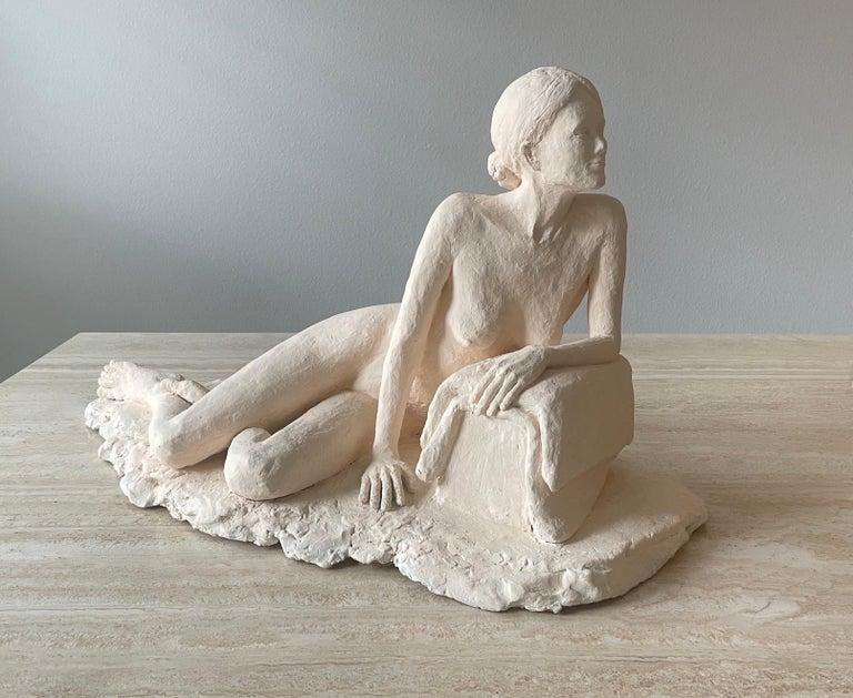 Modern Nude Woman Plaster Sculpture For Sale