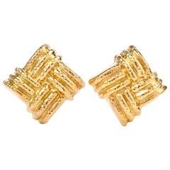 Nuovi Gioielli Italian Large Criss Cross 18 Karat Omega Clip Earrings