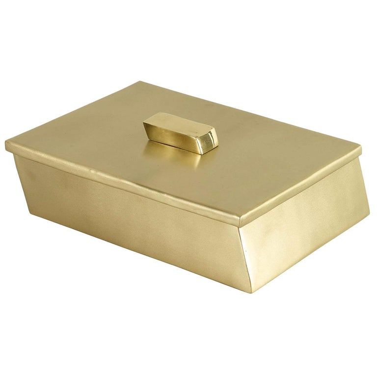 Nuovo Box in Brass by CuratedKravet For Sale
