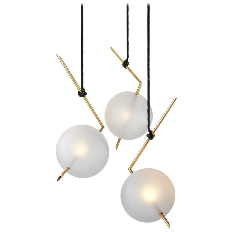 Nuvola BOLD Three Lights Stardust White Contemporary Chandelier, Handblown Glass For Sale