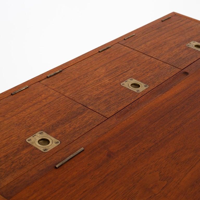 NV 40 Writing Desk in Teak by Finn Juhl In Good Condition For Sale In Copenhagen, DK