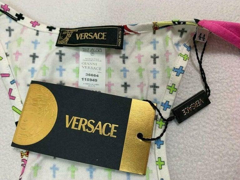 NWT 2005 Versace Cross Print Plunging Wrap Crop Top In New Condition In Yukon, OK