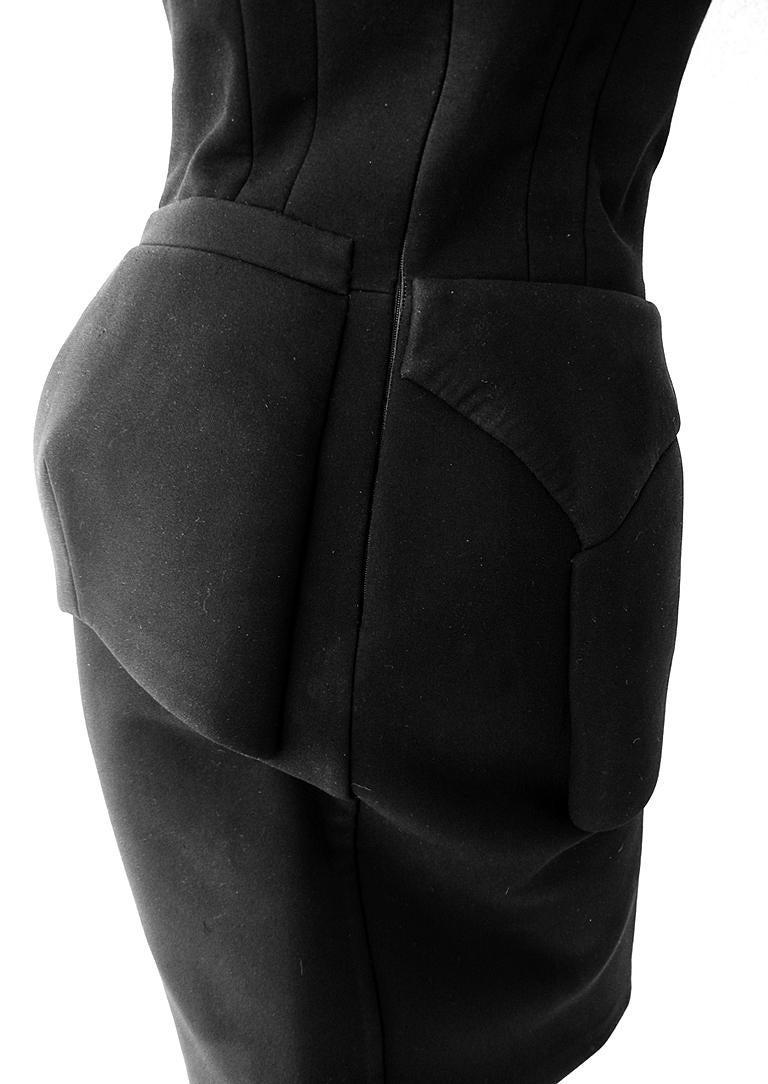 NWT Balenciaga Runway Scuba Dress Lots of Leg -Highly Coveted sz 40 For Sale 2