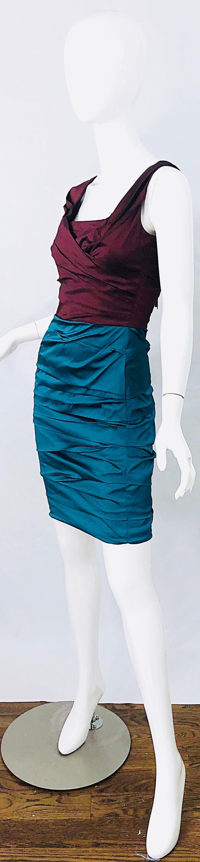 NWT Dolce and Gabbana 1990s Burgundy Turquoise Blue Colorblock Vintage Dress For Sale 2