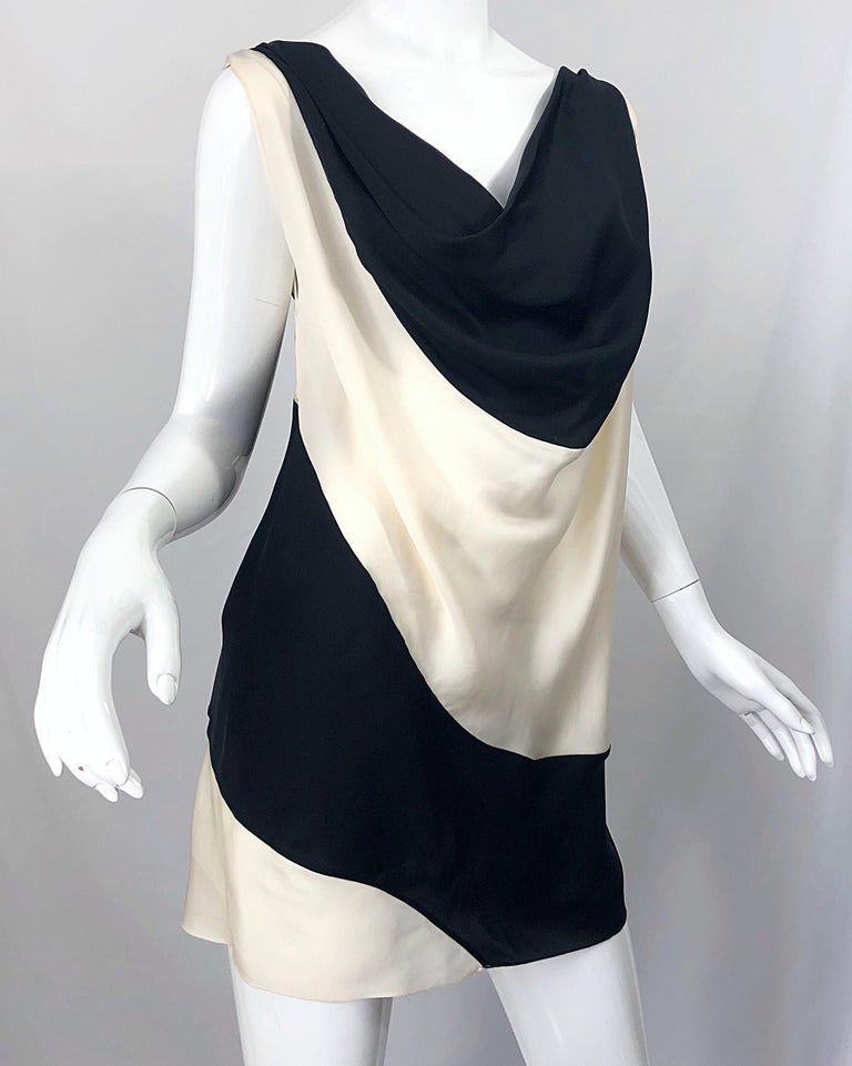 Vintage Donna Karan Runway Collection Black & White Ivory Sz 10 / 12 Tunic Dress For Sale 5