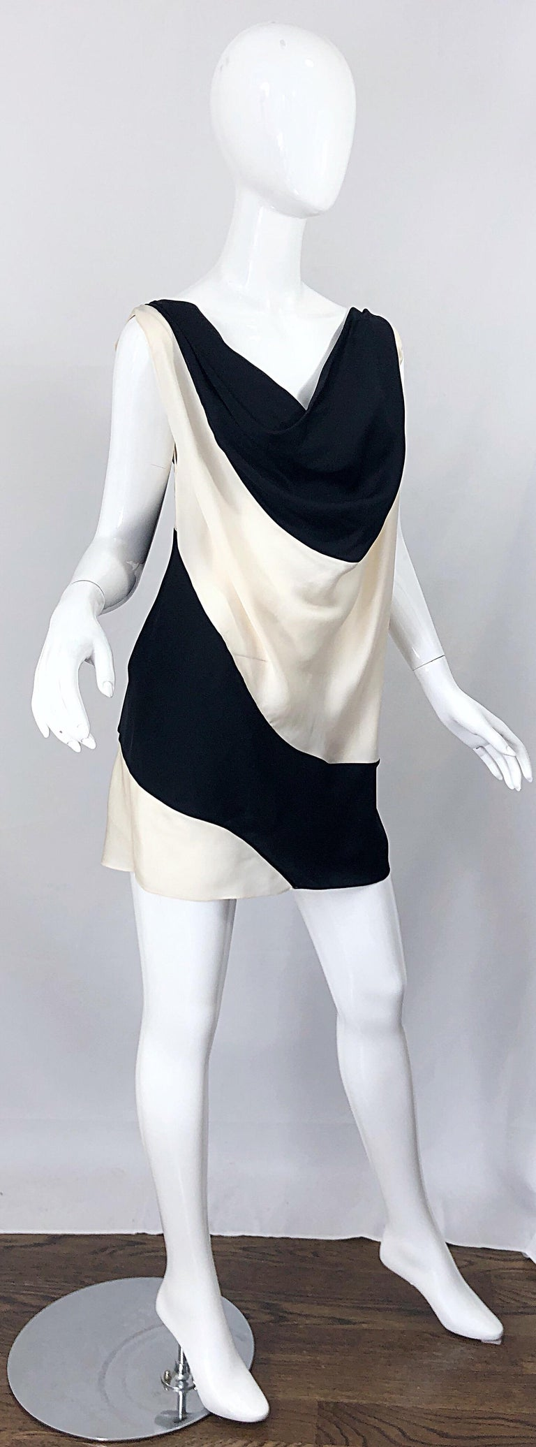 Vintage Donna Karan Runway Collection Black & White Ivory Sz 10 / 12 Tunic Dress In New Condition For Sale In Chicago, IL