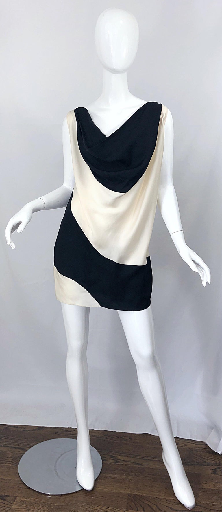 Vintage Donna Karan Runway Collection Black & White Ivory Sz 10 / 12 Tunic Dress For Sale 3