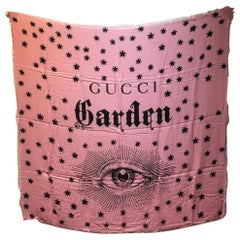 NWT Gucci Garden Eye Large Shawl in Pink