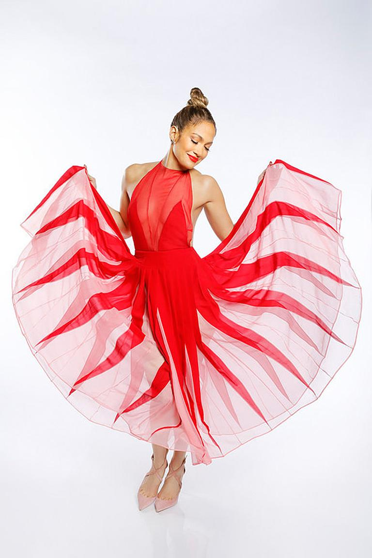 NWT Valentino Runway Red & Pink Evening Dress  In New Condition For Sale In Los Angeles, CA