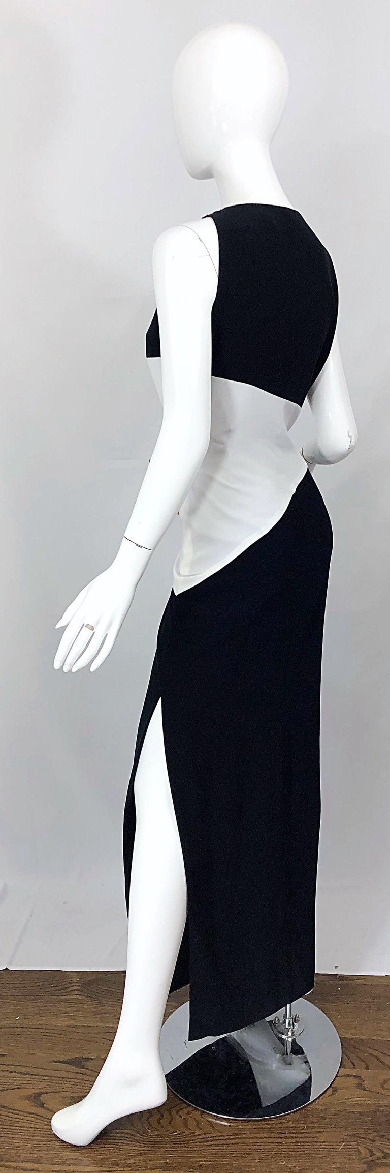 NWT Vintage Bob Mackie Size 8 Black and White Color Block Sleeveless Gown Dress In New Condition For Sale In Chicago, IL