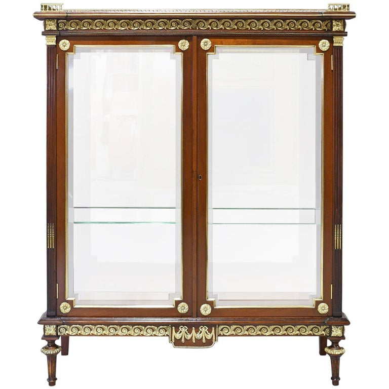 Turned NYC Gilded Age Louis XVI Style Display Cabinet, Attributable to Leon Marcotte For Sale
