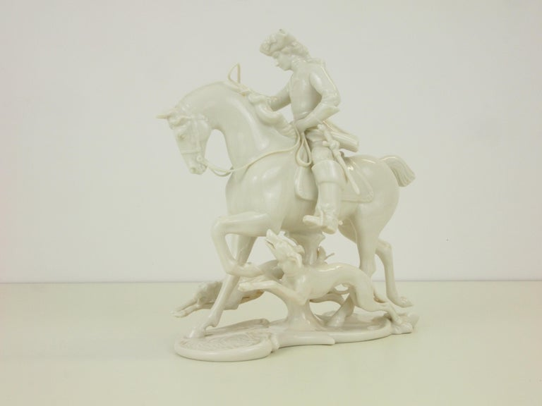 Nymphenburg Porcelain Figurine Depicting a Horse Rider in a Hunting Scene In Good Condition For Sale In Hilversum, Noord Holland