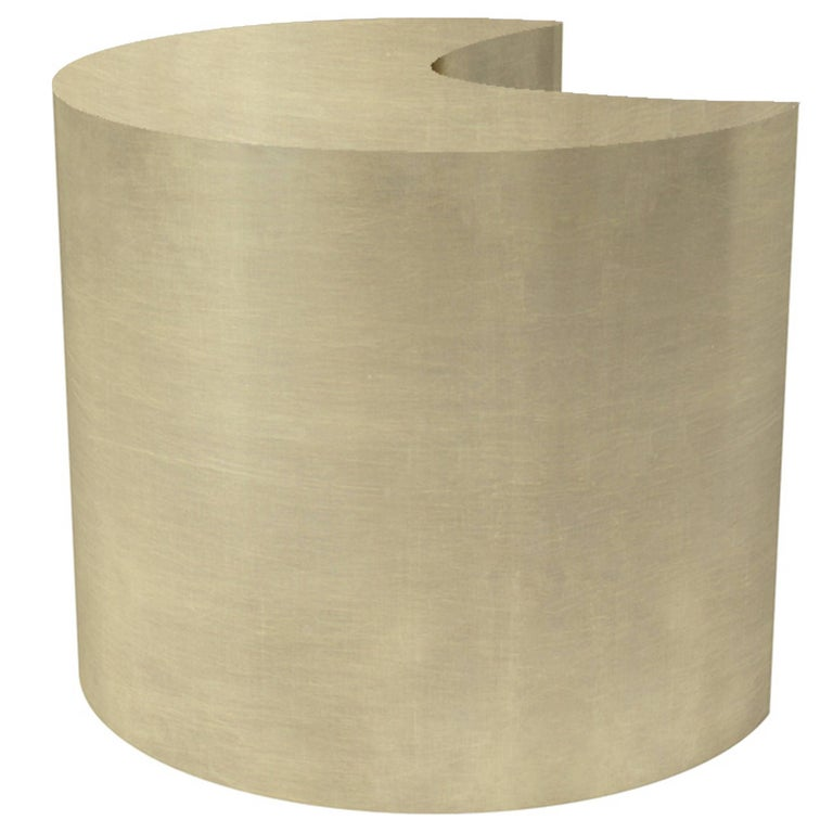 U Side Table In Brushed Brass By Cristina Jorge De Carvalho For Sale - Brushed brass side table