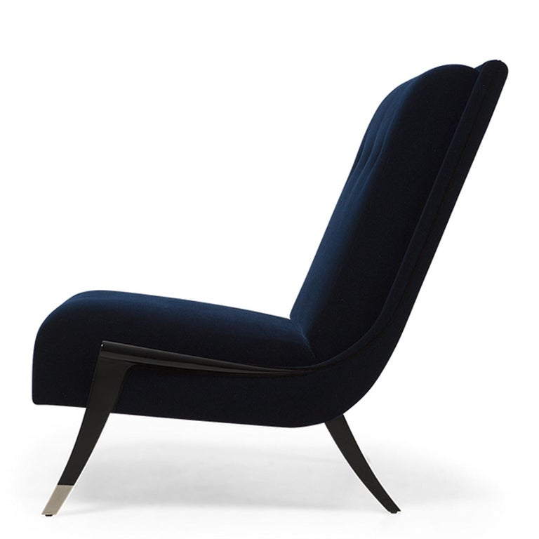 English Oackland Armchair with Mahogany Structure and High Quality Blue Fabric For Sale