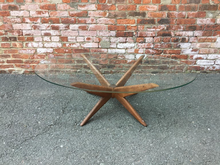 Mid-Century Modern Oak and Glass Starburst Coffee Table For Sale