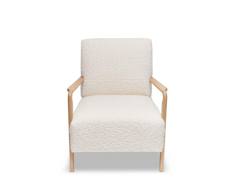 Mid-Century Modern Oak and White Alpaca Bouclé Niguel Lounge Chair by Lawson-Fenning For Sale