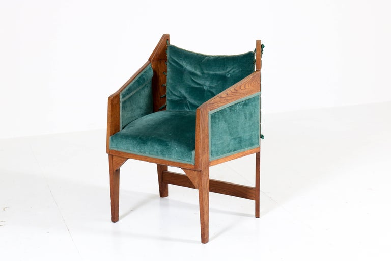 Early 20th Century Oak Art Deco Amsterdam School Armchairs by H. van Dorp, 1920s For Sale