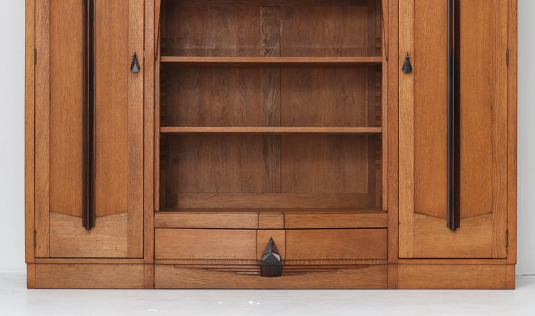 Early 20th Century Oak Art Deco Amsterdam School Bookcase with Stained Glass, 1920s For Sale