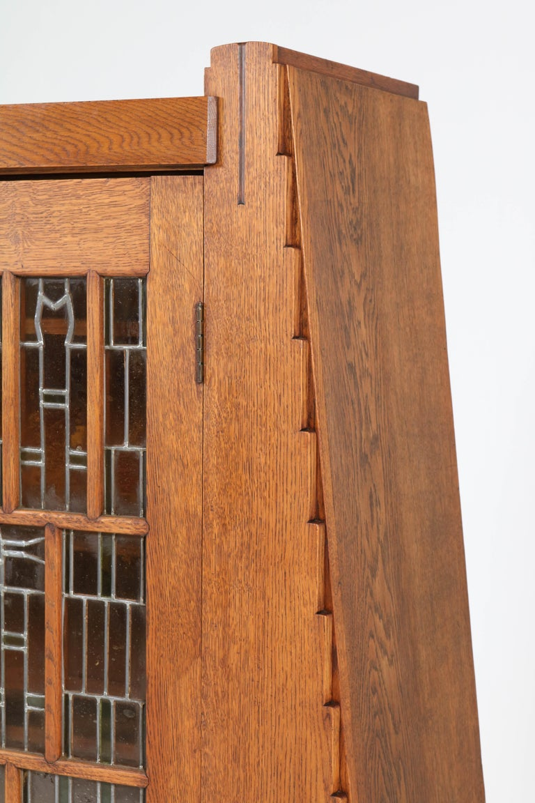 Oak Art Deco Amsterdam School Bookcase with Stained Glass by Hildo Krop, 1918 For Sale 11