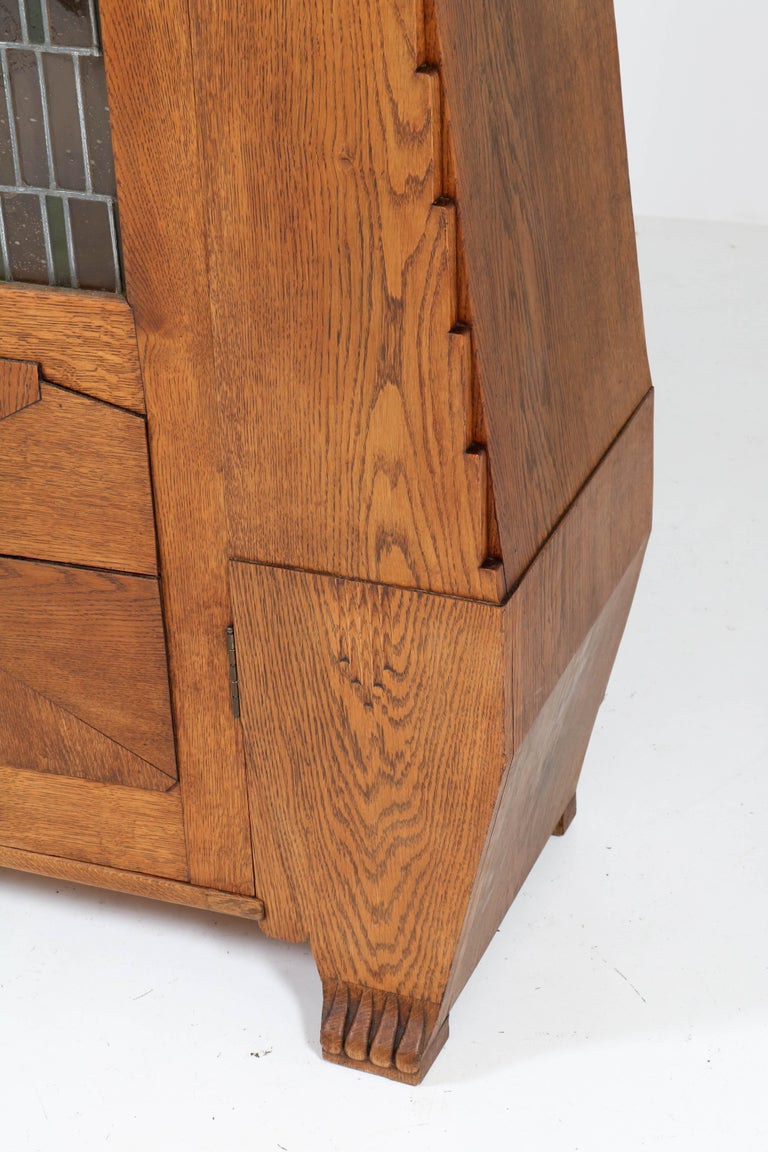 Oak Art Deco Amsterdam School Bookcase with Stained Glass by Hildo Krop, 1918 For Sale 1