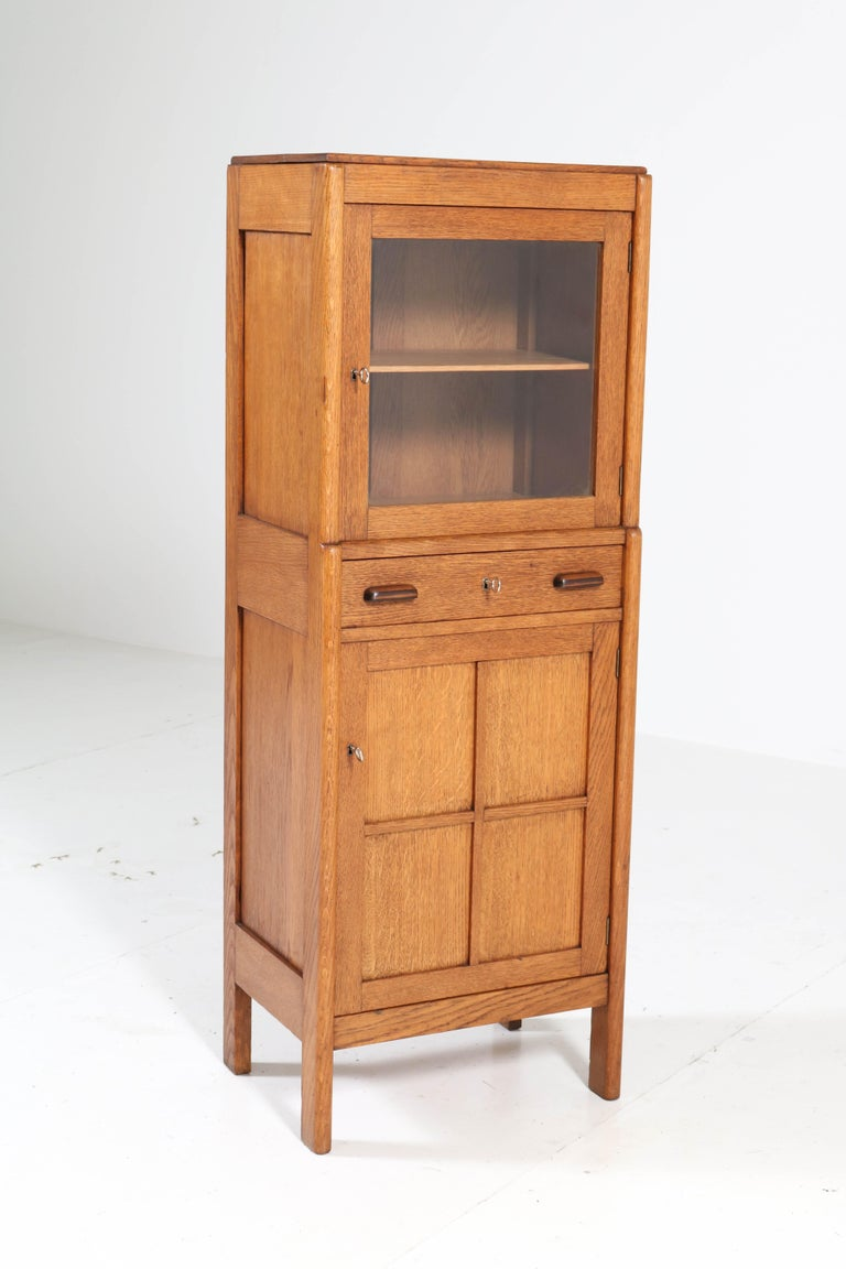 Oak Art Deco Amsterdam School Cabinet, 1920s In Good Condition For Sale In Amsterdam, NL