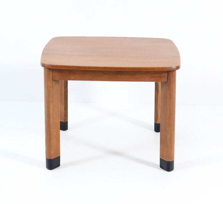 Oak Art Deco Amsterdam School Coffee Table in the Style of Piet Kramer, 1920s In Good Condition For Sale In Amsterdam, NL
