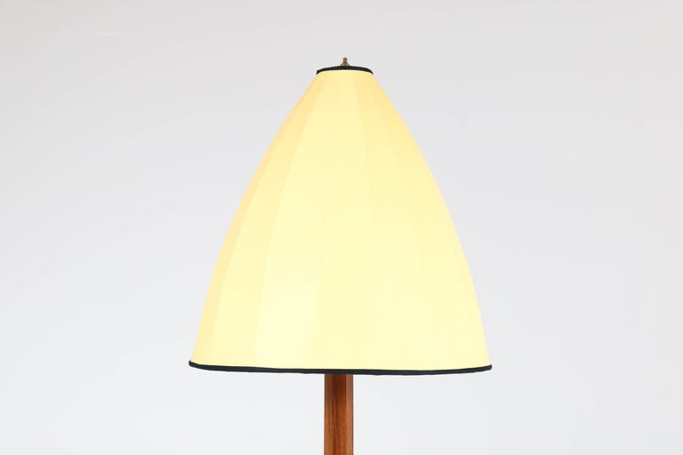 Oak Art Deco Amsterdam School Floor Lamp, 1920s For Sale 1