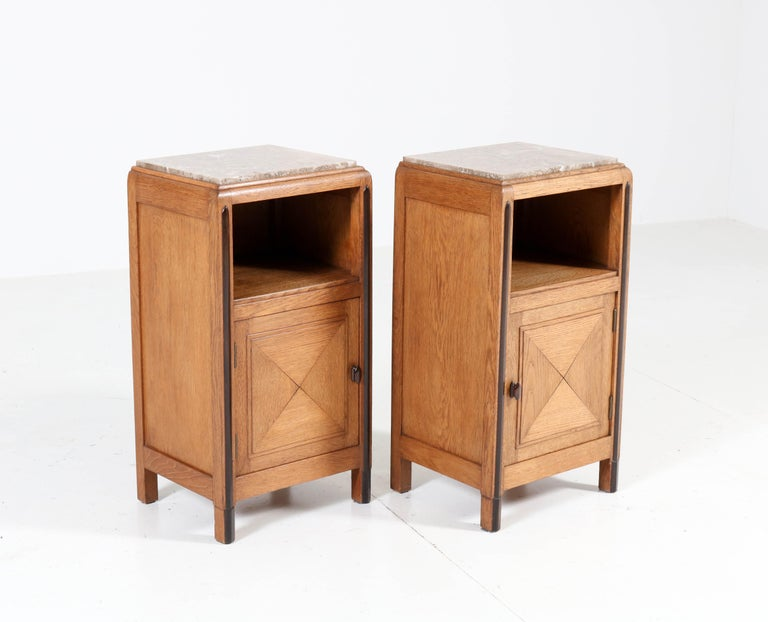 Oak Art Deco Amsterdam School Nightstands or Bedside Tables, 1920s In Good Condition For Sale In Amsterdam, NL