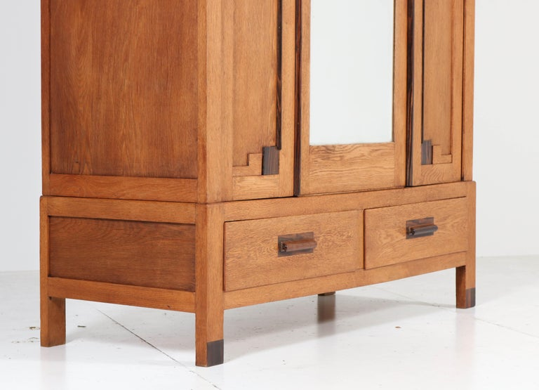 Oak Art Deco Haagse School Armoire or Wardrobe, 1920s In Good Condition For Sale In Amsterdam, NL