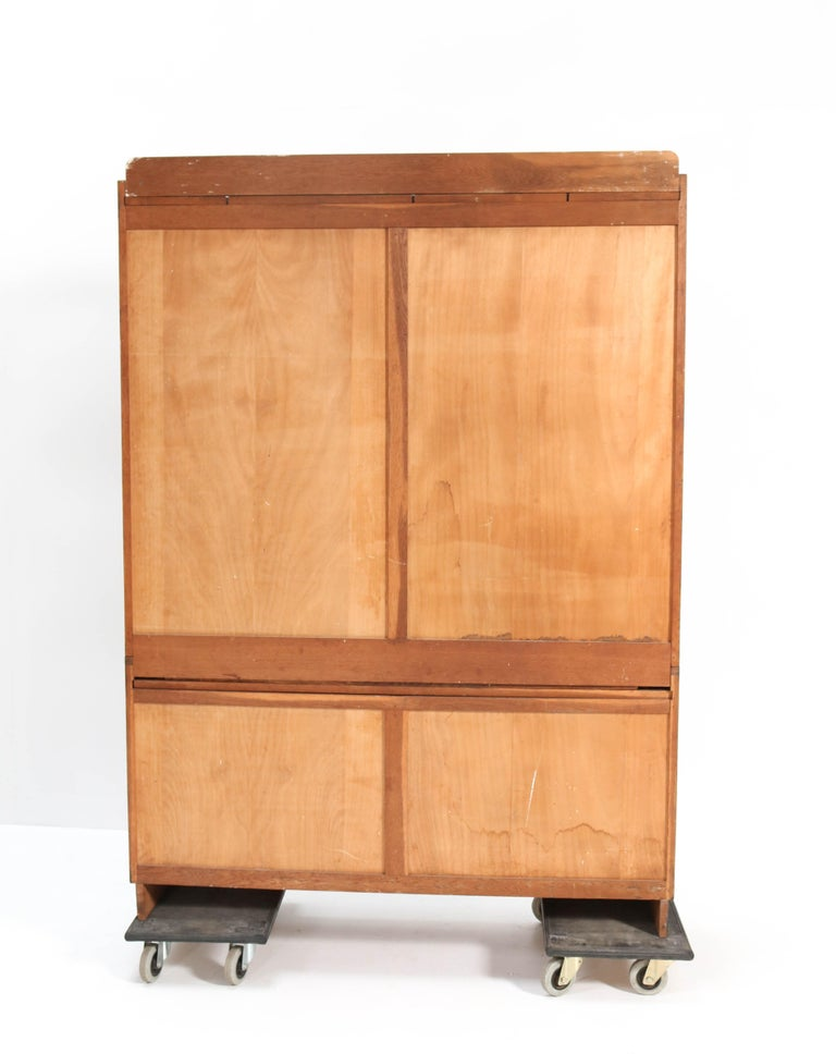 Oak Art Deco Haagse School Bookcase by Cor Alons for L.O.V. Oosterbeek, 1920s For Sale 4