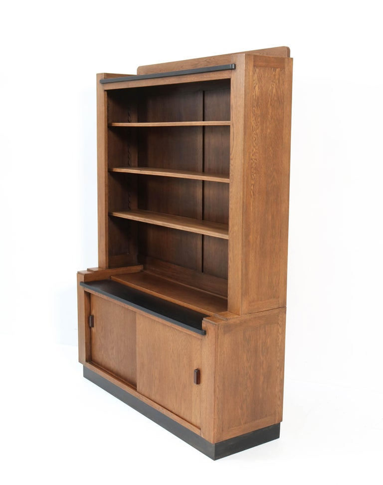 Oak Art Deco Haagse School Bookcase by Cor Alons for L.O.V. Oosterbeek, 1920s For Sale 1