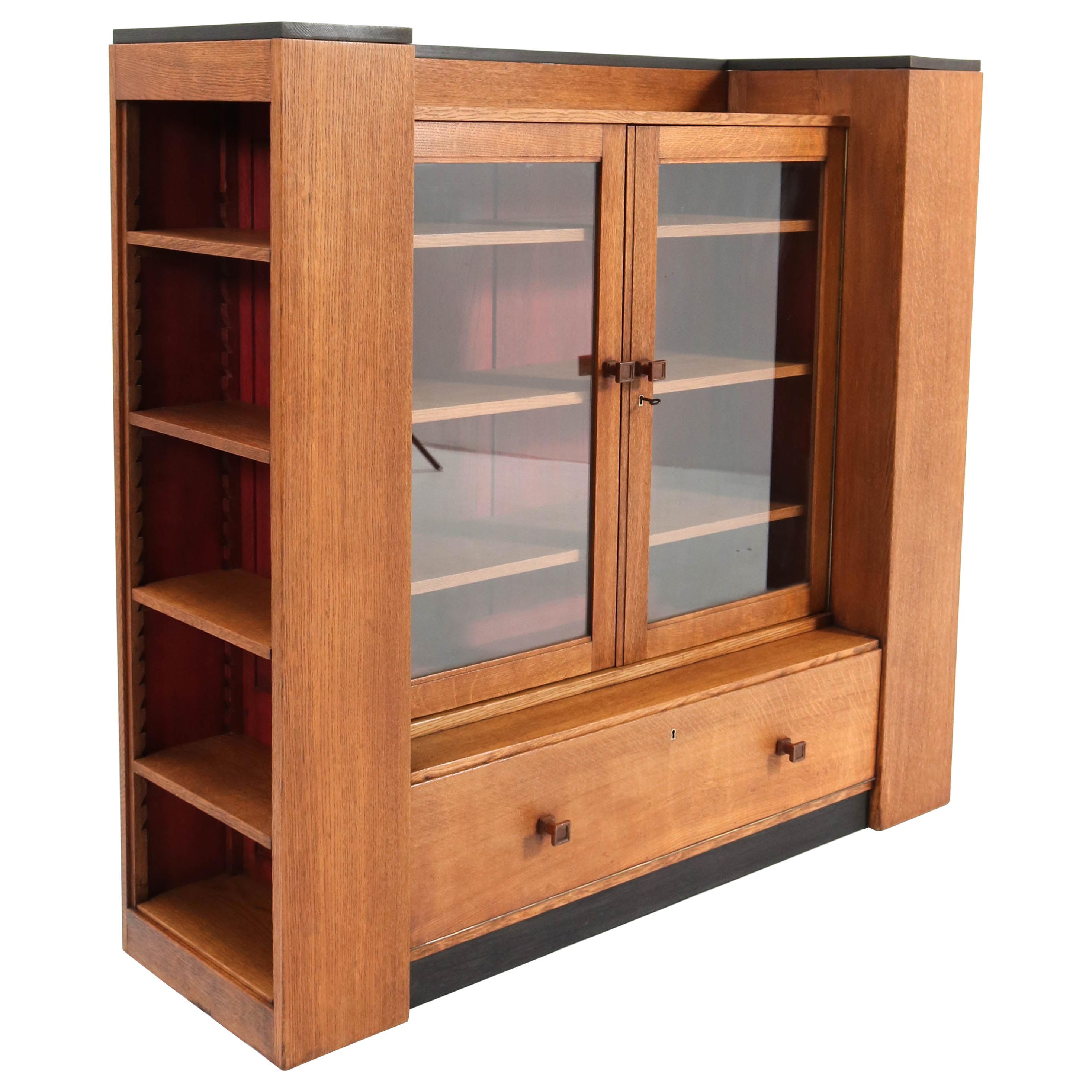 Oak Art Deco Haagse School Bookcase by Hendrik Wouda for Metz & Co. Amsterdam