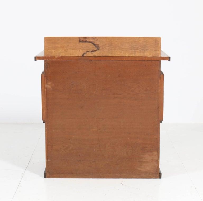 Oak Art Deco Haagse School Tea Cabinet by P.E.L. Izeren for Genneper Molen For Sale 4