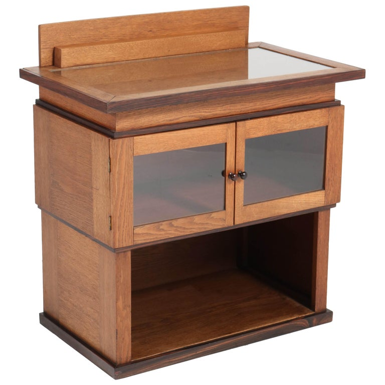 Oak Art Deco Haagse School Tea Cabinet by P.E.L. Izeren for Genneper Molen For Sale