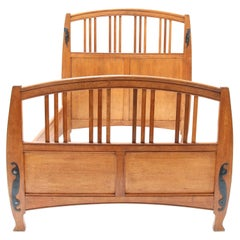 Oak Art Nouveau Arts & Crafts Double Bed by Gustave Serrurier-Bovy, 1900s