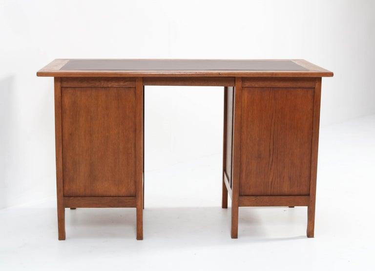 Oak Art Nouveau Arts & Crafts Pedestal Desk, 1900s For Sale 5