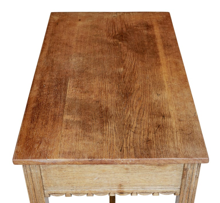 Oak Arts & Crafts Low Writing Table In Good Condition In Debenham, Suffolk