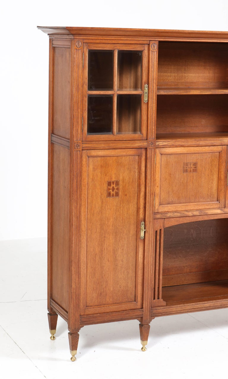 Oak Arts & Crafts Art Nouveau Bookcase with Beveled Glass, 1900s In Good Condition For Sale In Amsterdam, NL