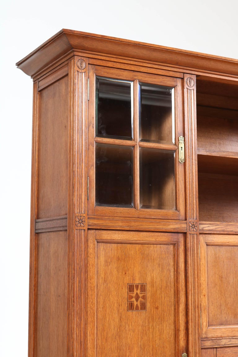 Oak Arts & Crafts Art Nouveau Bookcase with Beveled Glass, 1900s For Sale 2