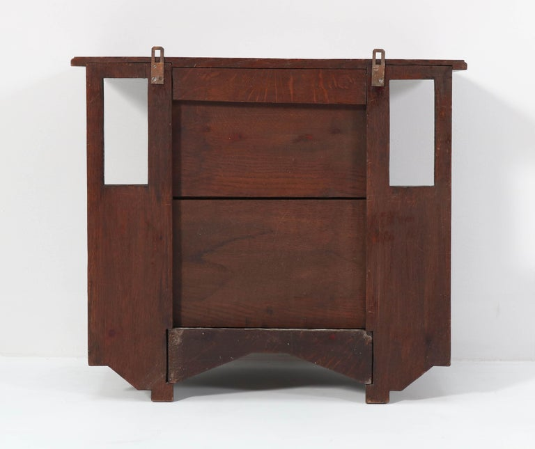 Oak Arts & Crafts Art Nouveau Wall Cabinet with Calla Lilies, 1900s For Sale 3