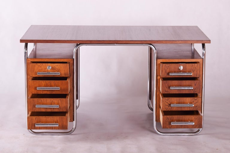 German Oak Bauhaus Chrome Writing Desk by Thonet, Good Condition and Patina, 1930s For Sale