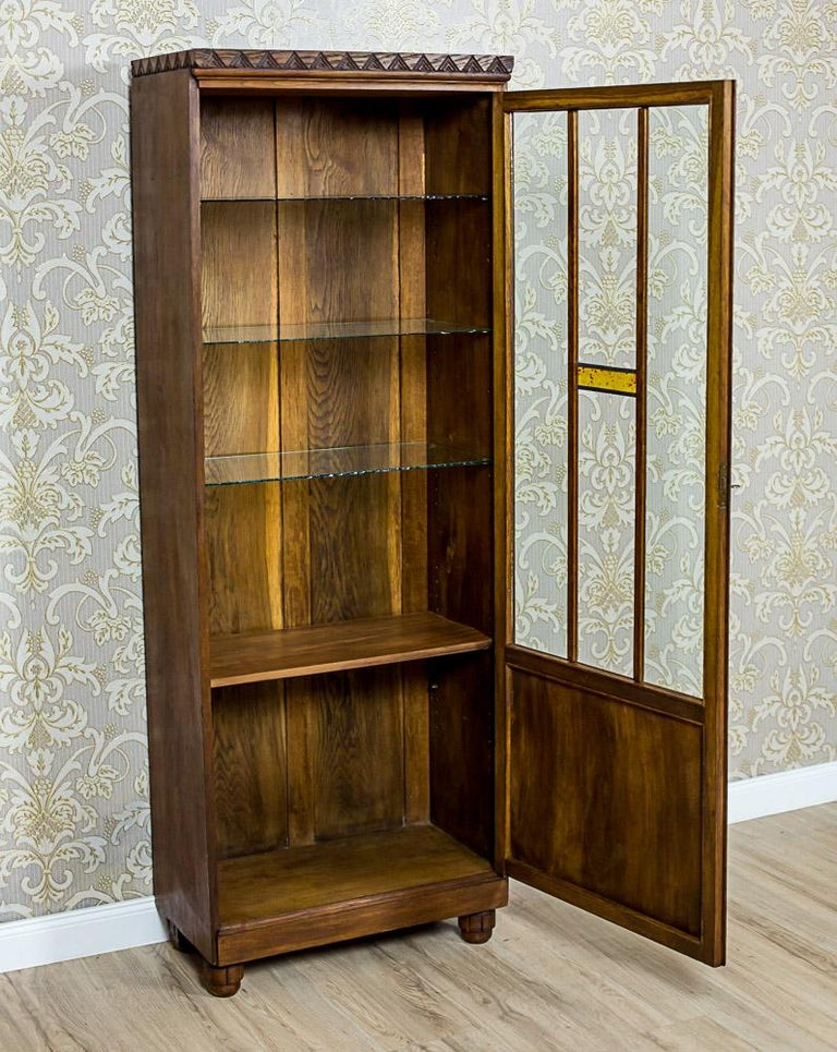 Oak Bookcase from the Interwar Period In Good Condition For Sale In Opole, PL