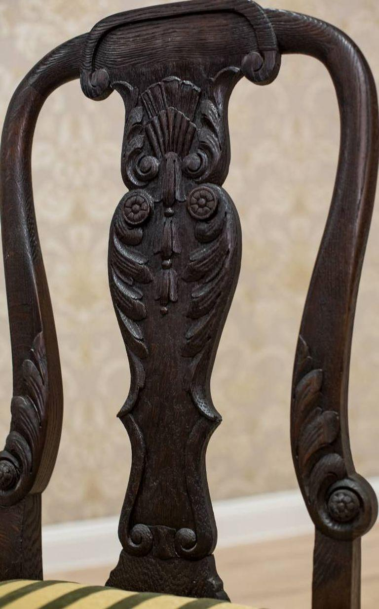 Oak Chair from the Early 20th Century For Sale 2