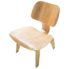 Oak Charles Eames Lounge Chair