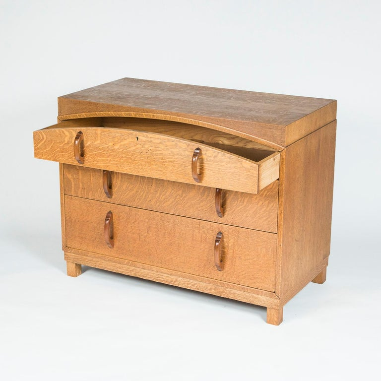 Arts and Crafts Oak chest of drawers  For Sale