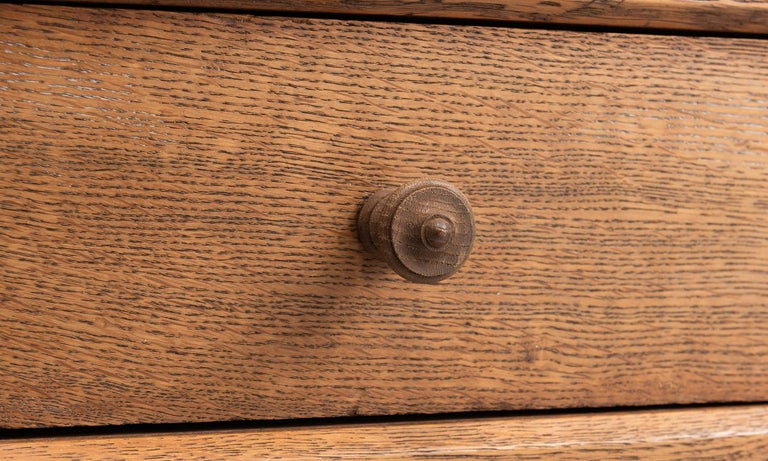 Oak Chest of Drawers 1