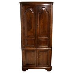 Oak Corner Cabinet, circa 1900