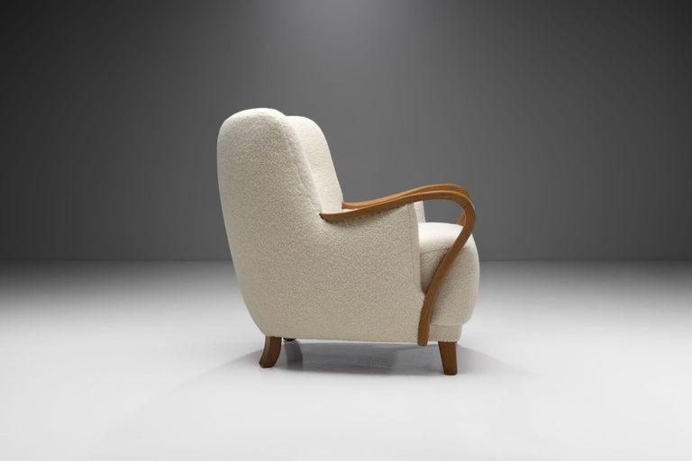 Mid-20th Century Oak Danish Cabinetmaker Easy Chair, Denmark, ca 1950s For Sale