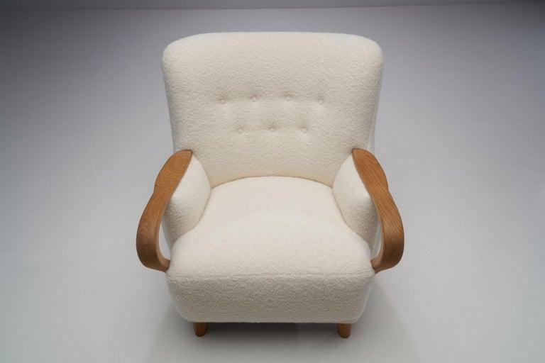Oak Danish Cabinetmaker Easy Chair, Denmark, ca 1950s For Sale 1